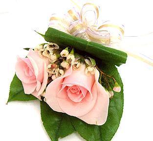 玫瑰胸花3