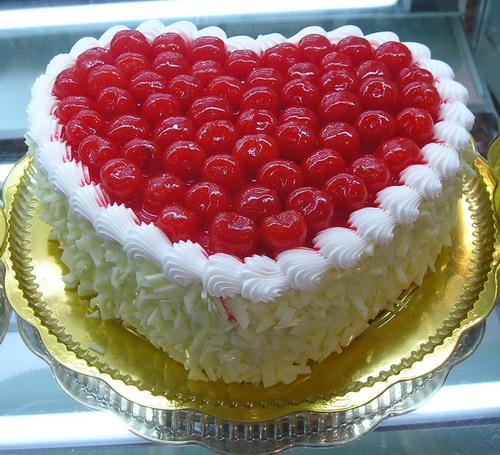 赣州生日蛋糕:爱你的心