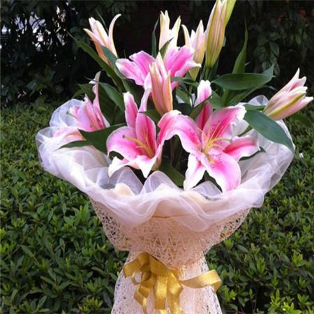 深圳网上订情人鲜花
