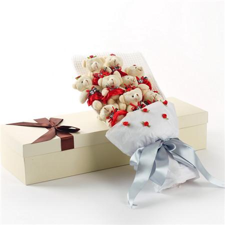 红色小熊花束9支礼盒