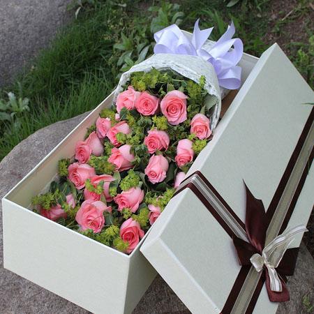 泸州网上订情人鲜花