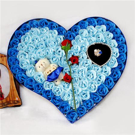 上海肥皂花:92朵蓝色一枝花熊戒指