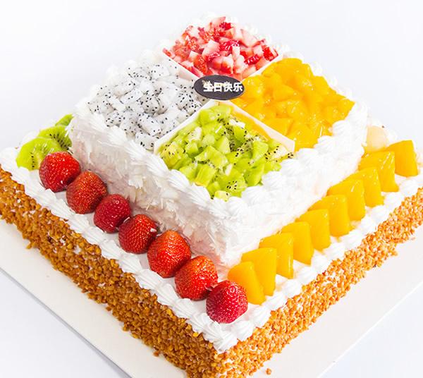 2层水果鲜奶蛋糕